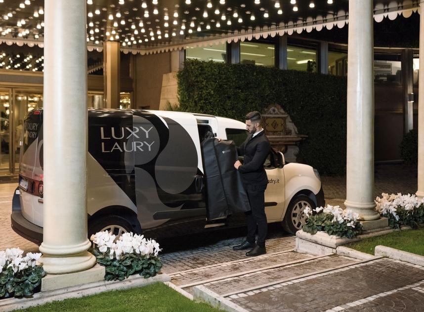 Luxury-Laundry-Hotel